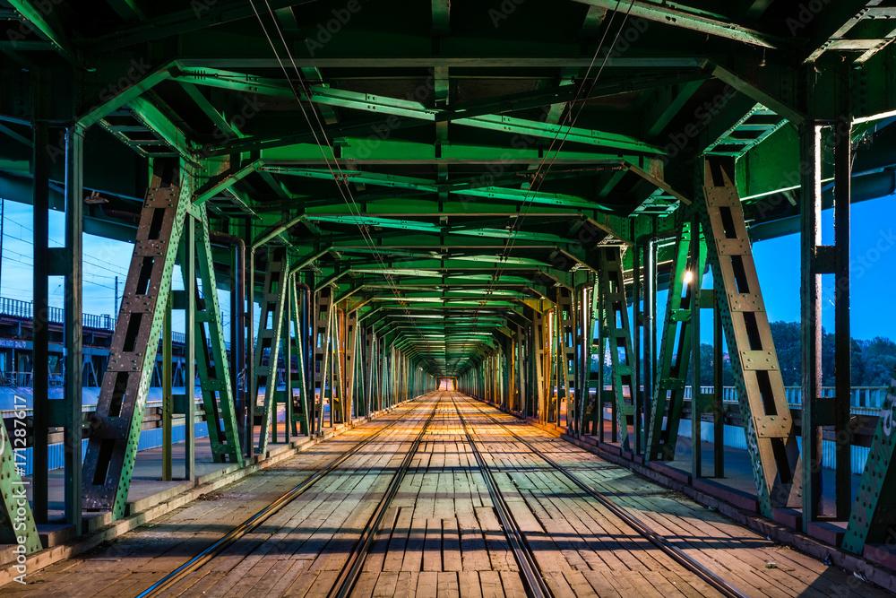 Fototapety, obrazy: Tory na moście Gdańskim w Warszawie