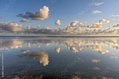 Foto op Plexiglas Historisch geb. Wolkenstimmung an der Nordsee