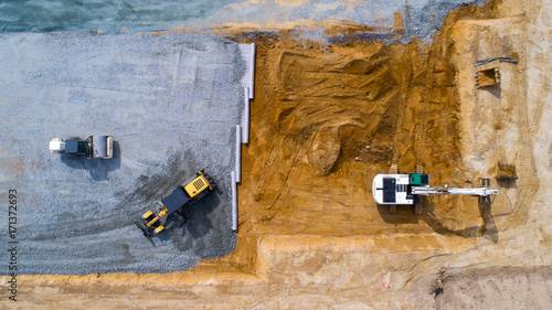 Vue aérienne sur des engins de chantier, France