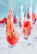 Champagne And Strawberry Splash