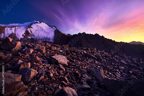 Spoed Foto op Canvas Violet Beautiful sunset in the mountains
