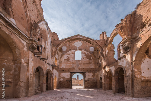 In de dag Palermo Belchite is a municipality of the province of Zaragoza, Spain. It is known for having been a scene of one of the symbolic battles of the Spanish Civil war, Belchite's battle.