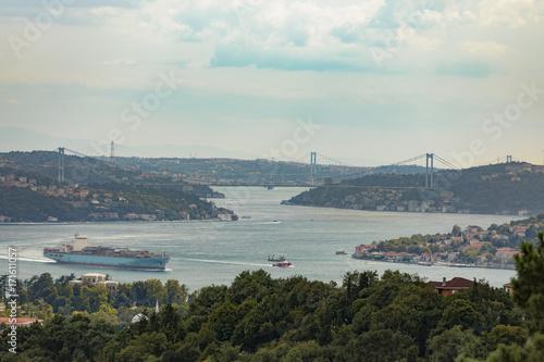 Fotografia  Istanbul Bosphorus panorama with Bridges