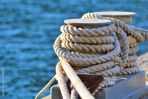 Obraz Nautical coil rope  - fototapety do salonu