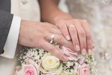 Hochzeit Brautstrauß Und Ring...