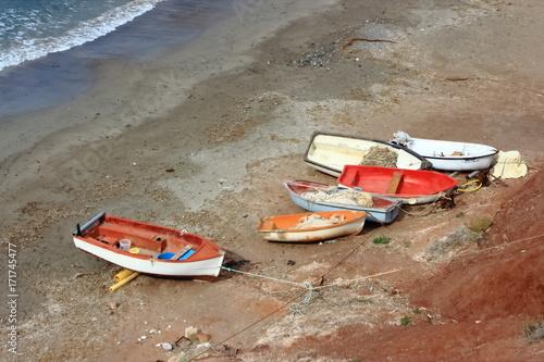 Foto op Aluminium Zalm Barcas en la playa