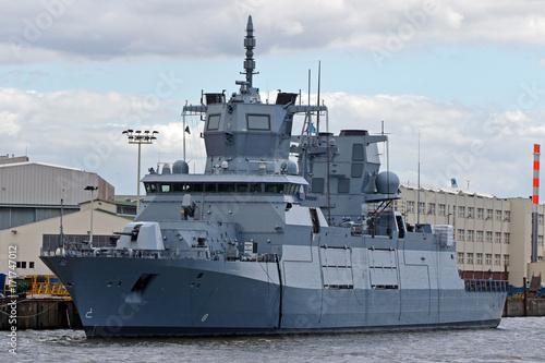 Plakat Okręt wojskowy w Hamburgu