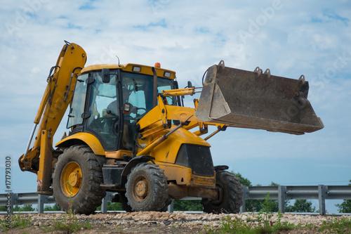 Plakat Praca spychacza do budowy dróg