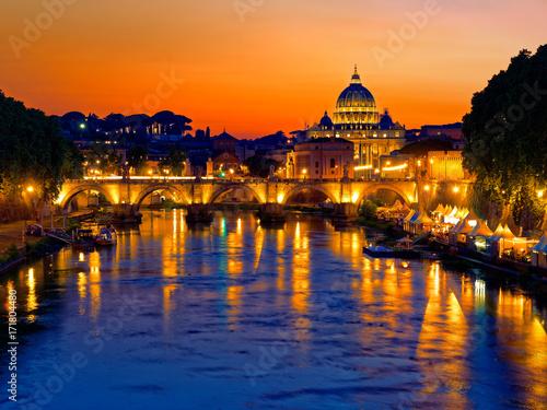 Foto op Aluminium Rome Rome twilight view of St. Peter dome, Tiber river and St. Angel bridge