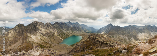 Montage in der Fensternische Gebirge Panoramic photo of Velke Hincovo Pleso lake valley in Tatra Mountains, Slovakia, Europe
