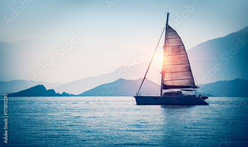 Photo Sailboat in the sea