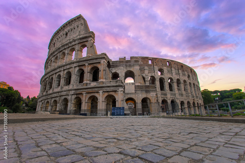 Fototapety, obrazy: The iconic Colosseum in Rome, Italy