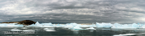 Staande foto Antarctica Имя файла:Panorama and just air on ice floes, terrain and scenery Antarctic. Sunrise, day, sunset. Shooting with quadrocopter.