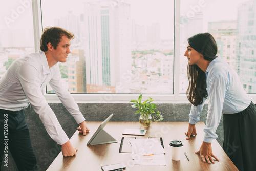 Obraz na plátně  Confident business rivals being in conflict