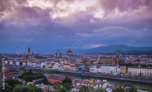 Deurstickers Toscane The city of Florence in the evening - panoramic view