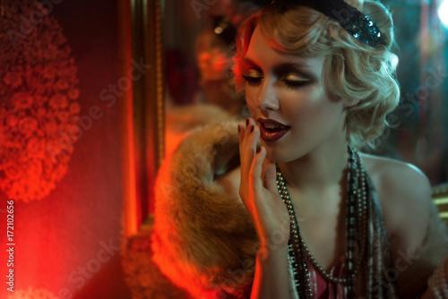 Fotografie, Tablou  Retro portrait of a beautiful Gatsby woman