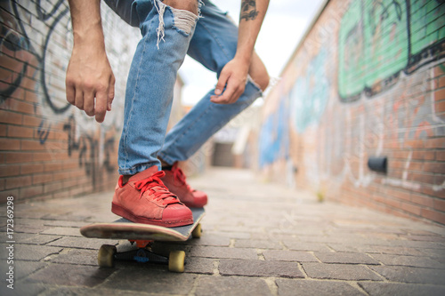 Detail of man's feet on a skate