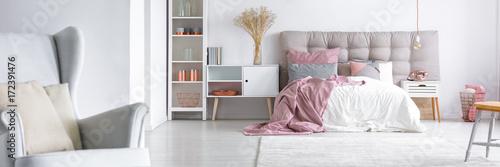 Obraz Elegant interior of stylish bedroom - fototapety do salonu