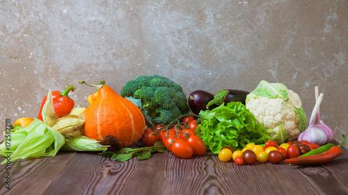 Poster Légumes frais Composition of vegetables harvest raw eating healthy diet fresh food wide