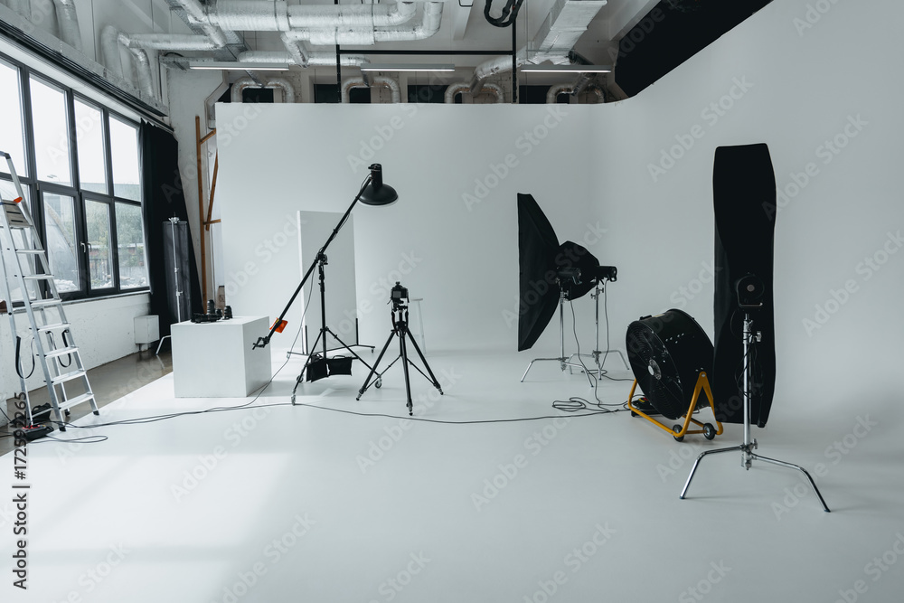 Fototapety, obrazy: photo studio with digital camera