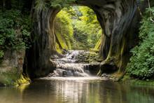 君津市の濃溝の滝