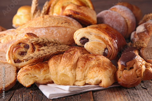 Poster Brood assorted bread and croissant