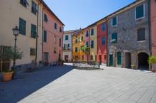 Around The Streets Of Brugnato...