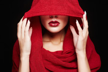 Fashion Islamic Style Woman.red Lips Girl