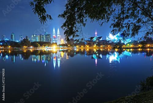 Fotografia, Obraz  Night view of Kuala Lumpur skyline, capital city of Malaysia as seen from Taman Tasik Titiwangsa