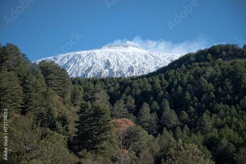 Obraz na plátně Snowy Top Of Volcano Etna, Sicily