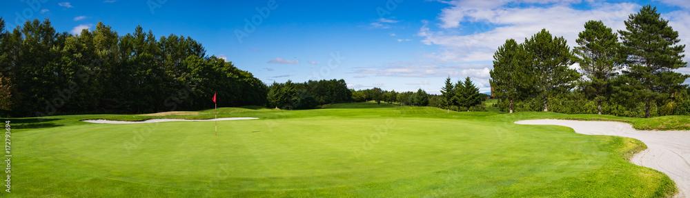 Fototapeta ゴルフコース パッティンググリーン