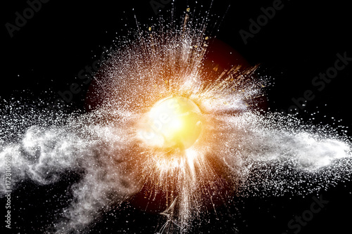 explosion of a glass sphere containing fragments of various kinds Tableau sur Toile