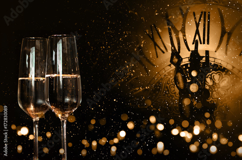 Obraz Time for new year congratulations - fototapety do salonu