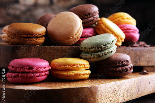 Poster Macarons Close up colorful macarons dessert with vintage pastel tones