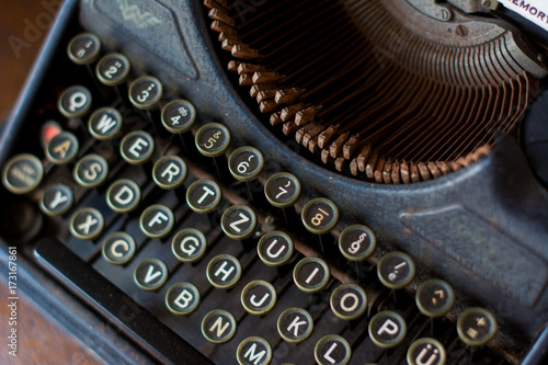 Fototapety, obrazy: Vintage Typewriter : Old typewriter in antique photography vintage simulated