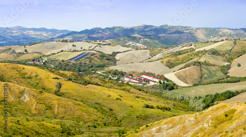 Fotobehang Heuvel Panorama delle colline romagnole