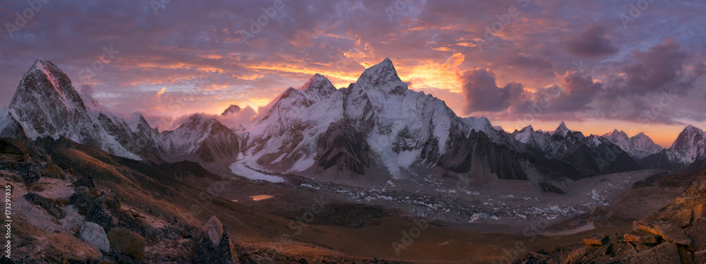 Fototapety, obrazy: Mount Everest Range at sunrise