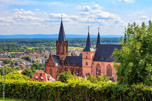 Fotografía  The gothic Katharinenkirche in Oppenheim in Rheinhessen