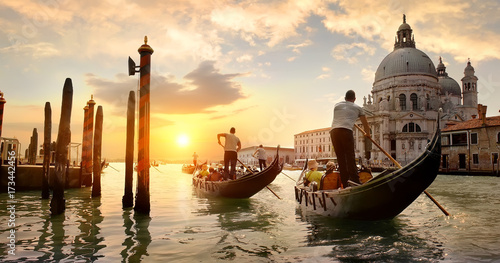 Foto auf Gartenposter Venedig Grand Canal at sunset
