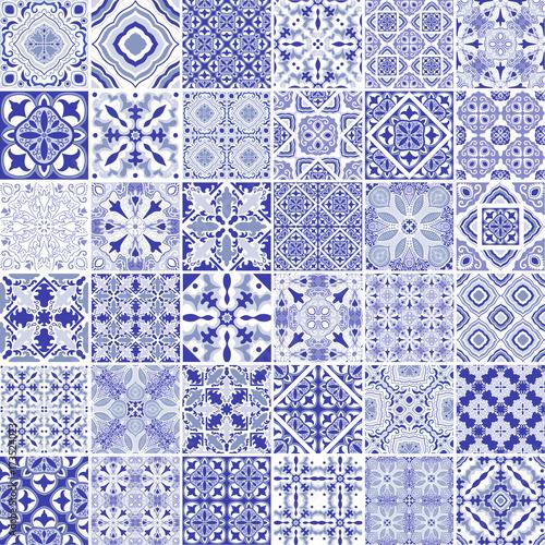 tradycyjne-ozdobne-portugalskie-dekoracyjne-plytki-azulejos-rocznika-wzor-w-blekitnym-temacie-abstrakcyjne-tlo-wektor-recznie-rysowane