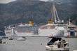 Kreuzfahrtschiffe im Hafen von Dubrovnik vor Anker