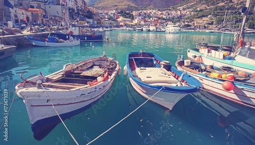 Plakat Port rybacki w Castellammare del Golfo na Sycylii