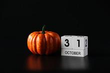 31 October Wooden Calendar And...
