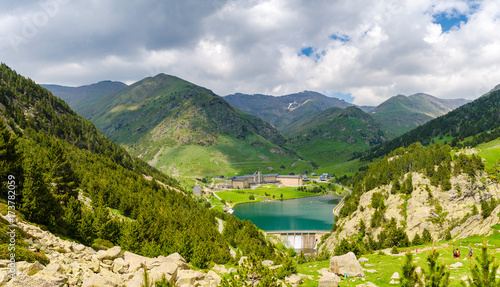 Photo Lake in Vall de Nuria valley Sanctuary in the Catalan Pyrenees, Spain,Europe