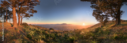 Naklejka premium Spektakularny zachód słońca w Kapsztadzie