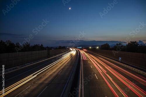 Foto op Aluminium Nacht snelweg light trace from busy night traffic on the highway