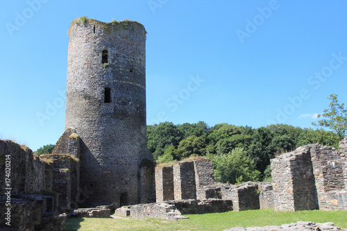 Foto op Aluminium Rudnes Castle Ruins Baldenau Morbach