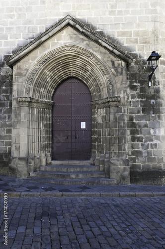 Canvas Print Puerta lateral de la Iglesia de San Dionisio