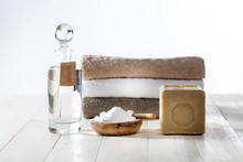 Sustainable Cleaning Laundry W...