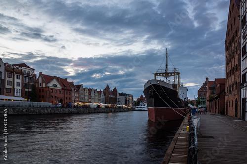Obraz na dibondzie (fotoboard) Muzealny statek Soldek i Motlawa rzeka w Gdańskim, Pomorze, Polska